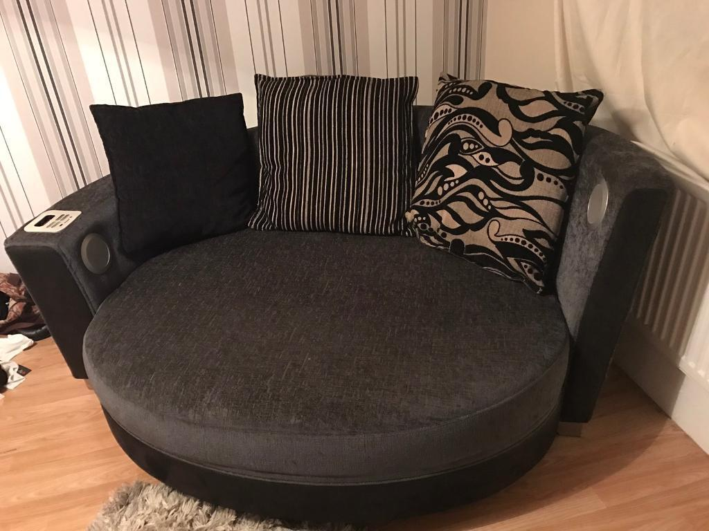 Dfs Cuddle Sofa With Built In Ipod Dock And Speakers
