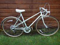 Vintage retro Ladies Raleigh Panache road bike, 27 inch wheels, 5 gears, 20 inch frame