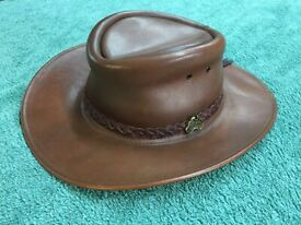JACKAROO AUSTRALIAN Leather Hat. size M tried but not worn 'out'. post free