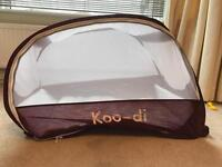 Koo di pop up travel cot