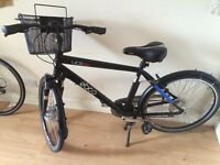 Amazing New Commuter Bike - black with basket!