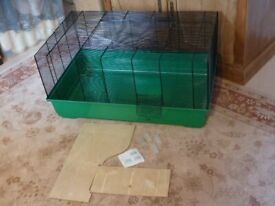 Rosewood Corner Rabbit Litter Tray Medium