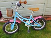 girls Dawes lil dutchess. perfect first bike for 3-5 year old. stabalisers to come with bike