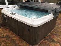 Jacuzzi J470 Hot Tub