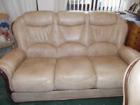 Leather 3 piece suite in Cream