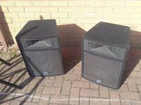 Peavey 12P 12'' Active Biamplified speakers with Stands 270W each - Bi- Amplified