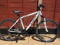 "Adults Trek 4500 four series mountain Hybrid bike. 18"" Frame. 26"" Wheels. Fully working"