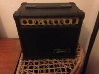 Guitar amp (good condition, barely used)