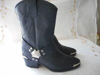 HARLEY DAVIDSON black boots - NEW unworn