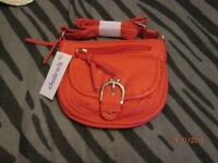 SMALL PEACH COLOUR BAG BRAND NEW WITH TAGS FROM CLAIRES £5 measures 6 x 7 inch
