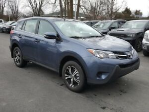 2013 Toyota RAV4 LE A/C MAGS