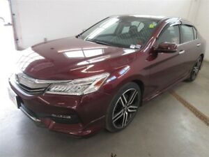 2017 Honda Accord Touring- FULLY LOADED! ONLY 13K! LEATHER!