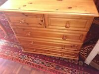 Solid wood pine chest of drawers 5 drawers