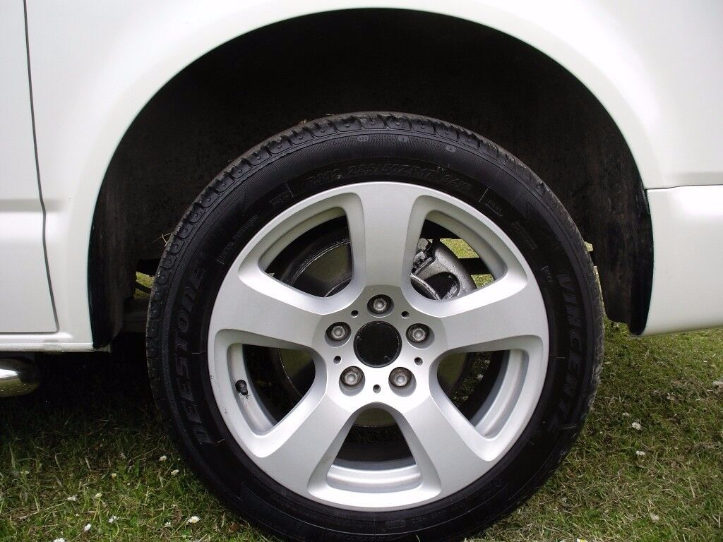 VW T5 ALLOY WHEELS 17 INCH WITH 225/50/17 LOAD RATED TYRES