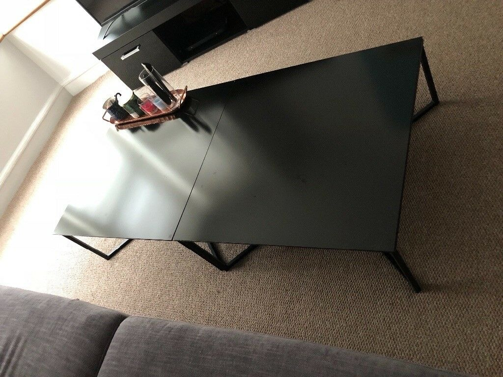 Coffee table couple of month old bought £150 selling £50