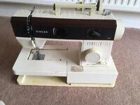Singer sewing machine model singer 5528