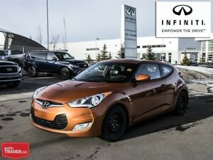2013 Hyundai Veloster DCT Tech Package Navigation and Sunroof!