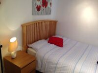 Serviced studio for short term let available close to Whiteladies Road, Bristol