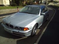 *FANTASTIC LOOKING 520I BMW (TIPTRONIC) METALIC BLUE SILVER