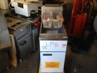 FAST FOOD OUT DOOR NEW LPG GAS FRYER CATERING COMMERCIAL TAKE AWAY KEBAB CHICKEN CAFE BAR KITCHEN