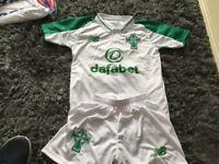 Celtic away white kids top & shorts 2018-2019 brand new