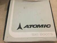 Ladies Atomic ski boots, size 6