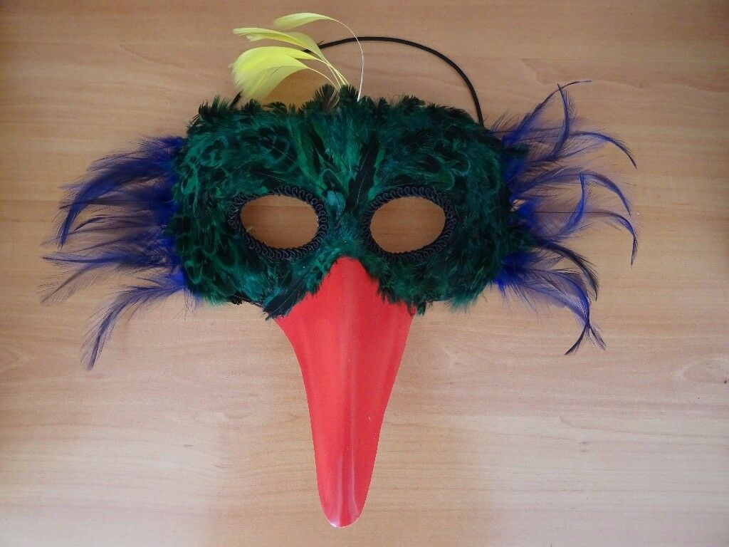 CARNIVAL MASQUERADE BALL MASK - GREEN FEATHERED BIRD WITH BEAK ON ELASTIC