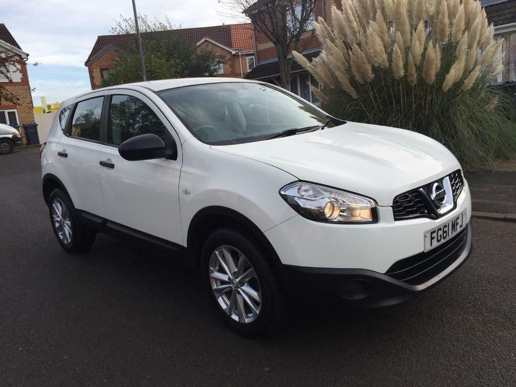 2011 61 Nissan Qashqai 1.5 dCi [110] Visia Puredrive 5dr White low mileage one owner full history