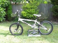 BMX BICYCLE FOR SALE