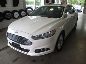 2016 Ford Fusion SE + TOIT OUVRANT + NAVIGATION