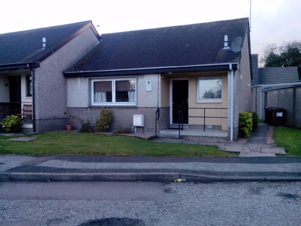 1 bed end terrace house