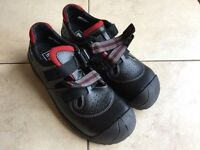 NEW Sievi Safety Shoes UK Size 12. In original box.
