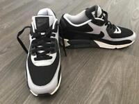 Brand New Nike Air Max size 7