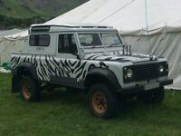 Land Rover Defender 110 2.5L Zebra Print For Sale