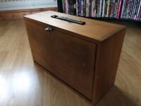 OLD WOODEN MODEL MAKERS/WATCHMAKERS/ENGINEERS TOOLBOX CHEST.