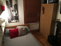 Large double room in a a lovely gay shared house.