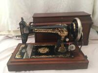 Singer sewing machine 1906 GENUINE ANTIQUE COFFIN BOX CASE