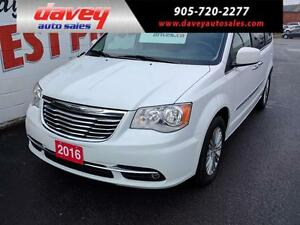 2016 Chrysler Town & Country Touring-L DVD, LEATHER INTERIOR,...