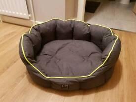 3 peaks dog bed