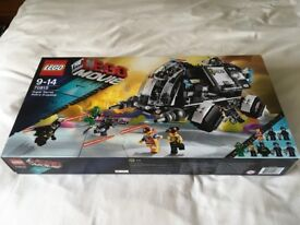 LEGO 70815-Super Secret Police Dropship Set (New) - Collect Only