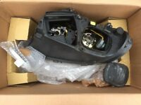 2004 VOYAGER HEADLAMPS (2) FOR UK
