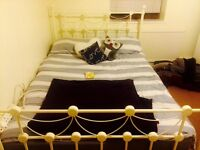 Vintage frame and double mattress for sale
