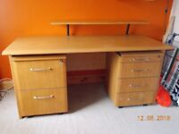Large desk and 2 matching pedestals of draws and filing draws