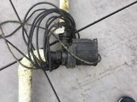 Bottom drain retro with pump