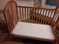 Cot bed solid wood plus mattres