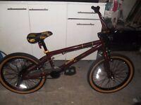 Voodoo Shango Kids' bike - suit 9-12 year old - never used - like new!!