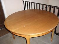 ROUND SOLID WOODEN TABLE & 4 CHAIRS EXTENDABLE