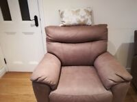3 seater sofa + 2 chairs. As new. All reclining.