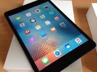 Apple IPad Mini 32GB/Wifi + Bluetooth keyboard+case - Used Immaculate
