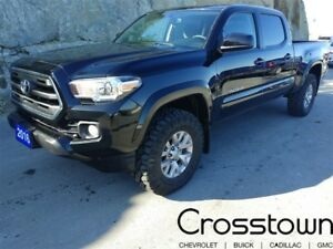 2016 Toyota Tacoma SR5 V6/ 4WD/ Backup Camera/